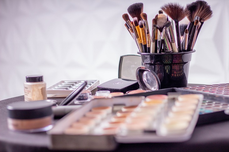 Makeup Essentials for Beginners on a Budget