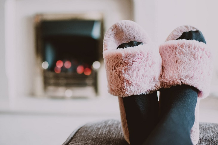 Reasons Your Feet Are Always Freezing