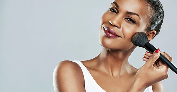 How to Do Makeup If You Have Oily Skin