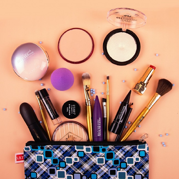 Do You Clean Your Makeup Accessories? Here's How to Do It