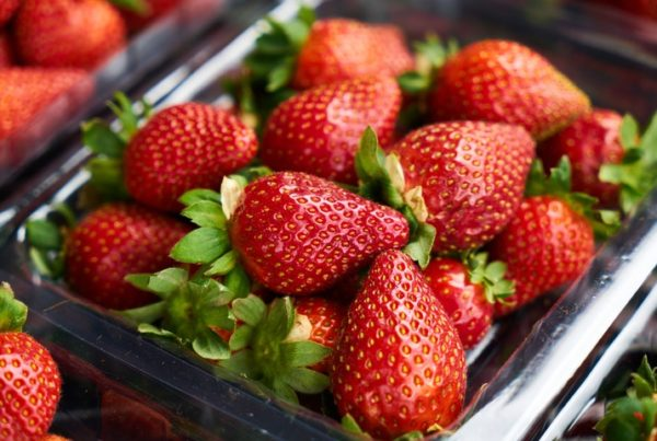 5 Reasons Why Your Skin Will Thank You For Eating Strawberries More Often